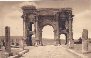 Tunisia Ruines Romaines de Timgad Arc de Trajan Facade Orientale