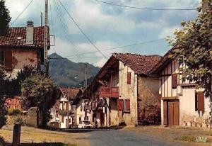 France Pays Basque, Maisons Basques a Sare Street Auto Car Houses
