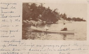 RP: TORONTO , Ontario , Canada , PU-1907 ; Women in canoe