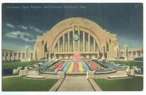 Cincinnati Union Terminal and Fountain, Cincinnati, unused linen Postcard