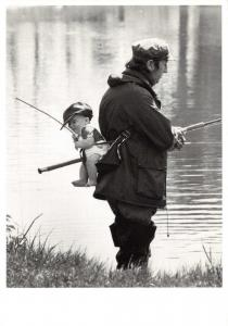 Postcard FISHY BUSINESS Father & Baby Fishing by Statics #819