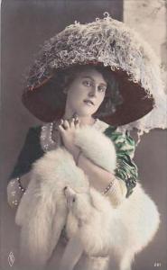 Beautiful Lady Large Hat Fur Mink Stole 1911