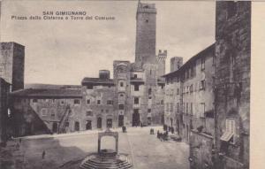 Piazza della Cisterna e Torre del Comune, San Gigignano, Siena, Toscana, Ital...