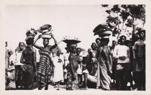 RP : Ivory Coast, 1950 ; ABIDJAN , Marche