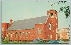 Dover Delaware~People's Church~Standard Chrome Postcard