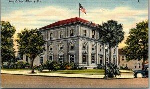 Albany, Georgia Postcard POST OFFICE Building / Street View Tichnor Linen c1940s
