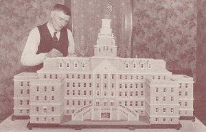 LINCOLN , Nebraska , 1910s ; Veterans Hospital Sugar Model & Vet