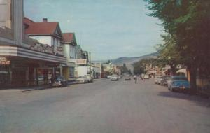 Vernon Barnard Avenue Hotel Cafe Taxi Rank Theatre Vintage 1970s Canada Postcard