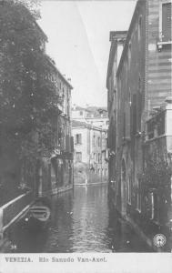 Venice-Venezia Italy~Rio Sanudo Van-Axel~Canals Through Streets~c1905 RPPC