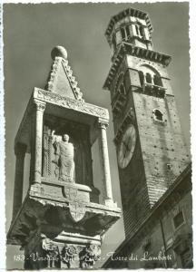 Italy, Verona, Piazza Erbe, Torre dei Lamberti, unused real photo Postcard