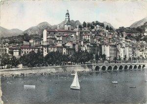 France menton le port la plage  Postcard