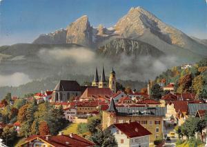 Berchtesgaden mit Watzmann Church Houses Street Cars General view Mountain