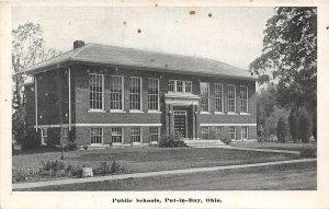 G92/ Put-In-Bay Ohio Postcard South Bass Island c1945 Public School 10