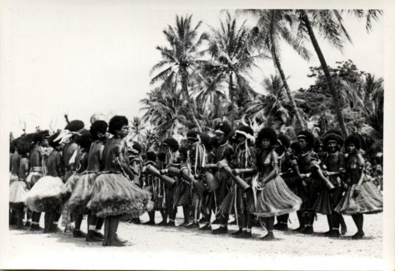 Papua New Guinea, Real Photo Native Papuas, Native Dance (1930s) RP (21)