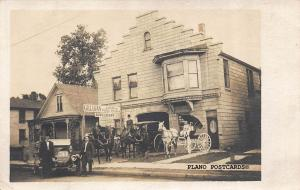 LaSALLE, ILLINOIS GILLIGAN LIVERY-AUTO, WAGONS, AND STAFF RPPC REAL PHOTO P.C.