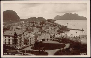 norway norge, AALESUND ÅLESUND, Partial View, Harbour (1930s) RPPC