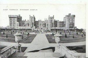 Berkshire Postcard - East Terrace - Windsor Castle - Ref 16212A