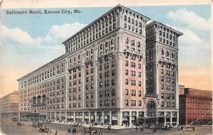 USA Baltimore Hotel, Kansas City, Mo Street 1923 postcard