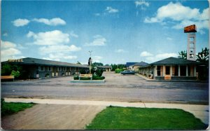 Postcard ON Niagara Falls The Canuck Motel Classic Car RARE 1960s K9