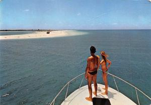 Playa Sirena en Cayo Largo Beach Couple Boat