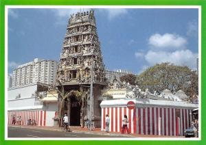 Singapore Sri Mariamman Temple is the Oldest Hindu Temple Cyclist