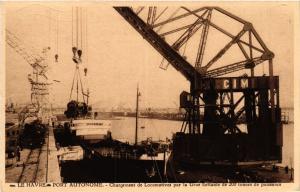 CPA LE HAVRE Port Autonome-Chargement de Locomotives (416183)