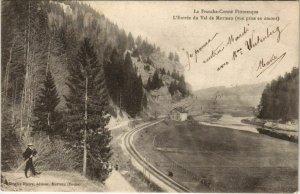CPA MORTEAU L'Entree du Val de Morteau - Vue prise en Amont (1116054)