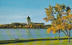 The Queen City, Legislative Buildings, Wascana Lake and Park, Regina, Saska...