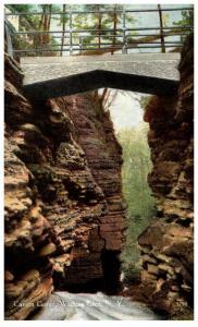 New York Watkins Glen , Cavern Gorge