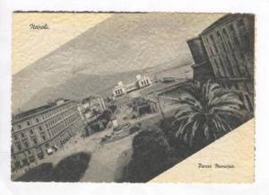 RP: Napoli, italy, Piazza Municipio, 40s