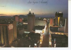 Postal 032349 : Looking eats along Fremot Street in Downton Las Vegas Nevada