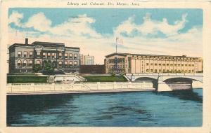 Des Moines IA~Library & Coliseum Along  River~1944 Postcard (Burned Down 1949)