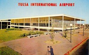 OK - Tulsa. Tulsa International Airport