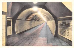 Anvers Belgium, Belgique, Belgie, Belgien Tunnel voor voetgangers onder de An...