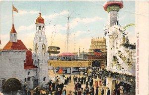 Circle Swing, Luna Park Coney Island, New York, USA Amusement Park Unused