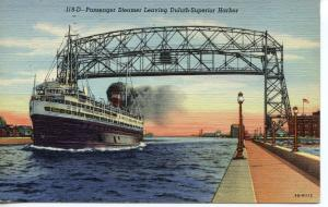 US    PC489  PASSENGER SHIP LEAVING DULUTH-SUPERIOR HARBOR