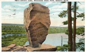WI - Wisconsin State Park, Devil's Lake, Balanced Rock