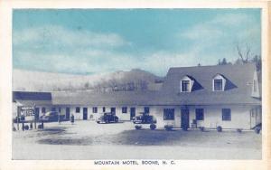 Boone North Carolina~Mountain Motel~People @ Parking Lot~Roadside~'40s Blue Sky
