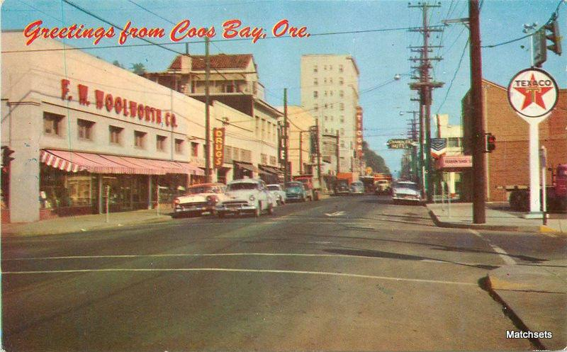 1960's Texaco Broadway Street COOS BAY OREGON Northwest postcard 7562 Roberts