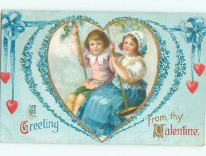 Pre-Linen Valentine GIRL AND BOY ON SWING TOGETHER AB3222