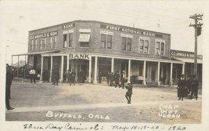 RP: BUFFALO , Oklahoma , 1920 Street (dirt) View of First National Bank