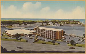 Kenosha, WIS., Holiday Inn, On Kenosha Harbor