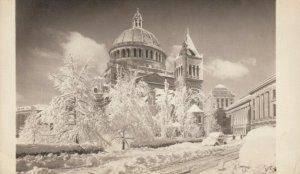 BOSTON, Massachusetts, 20-40s; First Church of Christ Scientist, heavy snow fall