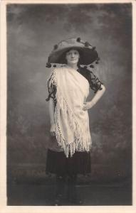 Fashion Giant Hat Lady Dame, H. Jackson, Station Approach, Cleckheaton, Postcard