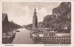 Montelbaanstoen en Oude Schans, Amsterdam, North Holland, Netherlands, 10-20s