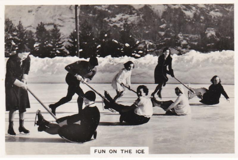 MURREN , Switzerland , 00-10s ; Ice shovel race on Palace Rink