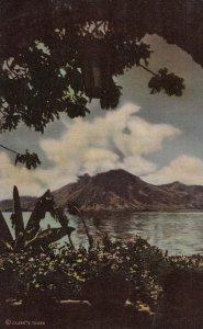 Lake Atitlan , Guatemala , 30-40s