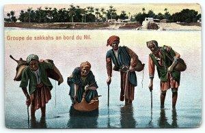 VTG Postcard Cairo Native Men Egypt Street View Pyramids Water Carriers Man A4