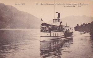 France Lac d'Annecy Le bateau venant de Bredannaz