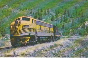 Denver and Rio Grande Western F7 Diesel Locomotive No 5571 At East Portal To ...